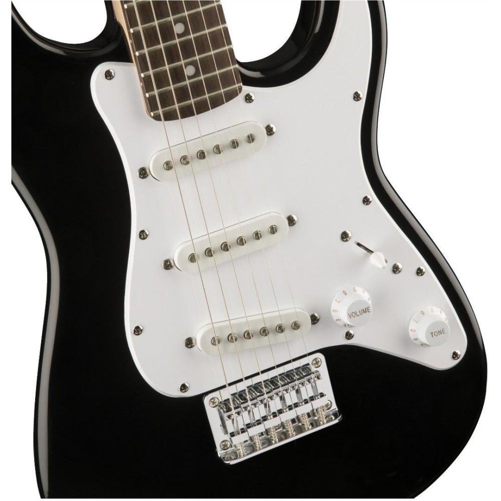 squier fender mini strat electric guitar v2 black stratocaster 0370121506. Black Bedroom Furniture Sets. Home Design Ideas