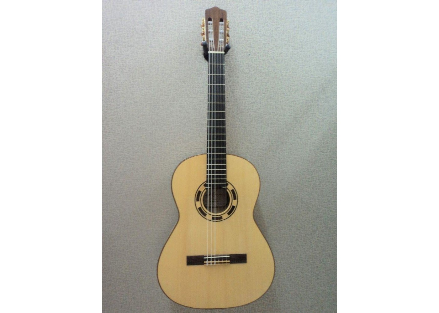 Guitars & Basses Acoustic Electric Guitars Kremona Left Handed Rosa Luna Flamenco Series Acoustic Electric Cutaway Classica
