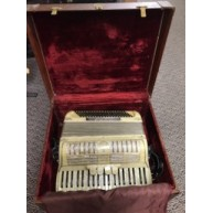 Very nice Antique Noble Accordion in the case  complete with Straps - 1950'
