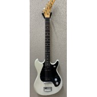 Vintage Harmony electric guitar with 2 P-90 Pickups in Olympic White -Cool