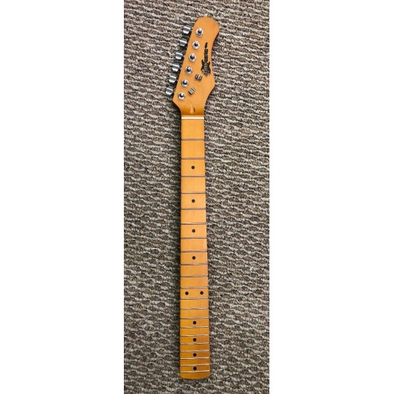 21 Fret Strat Neck with Maple Fingerboard, Diecast Tuners, Nut & String Trees