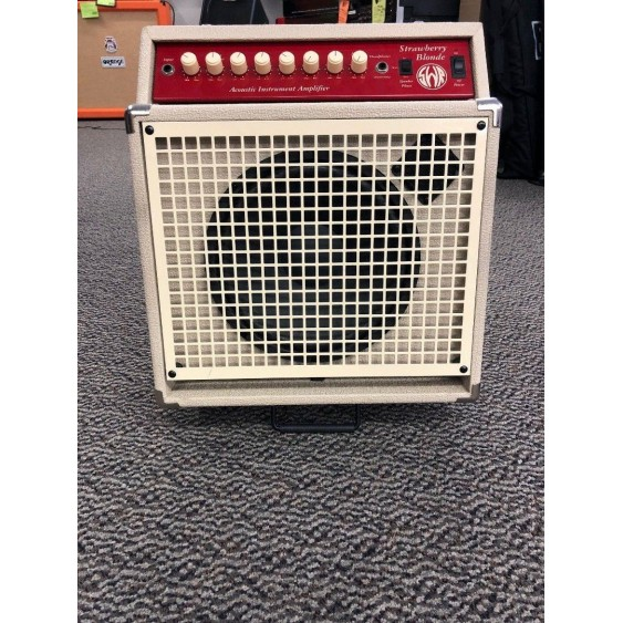 SWR Strawberry Blonde Acoustic Instrument 80 Watt 1x10 Combo Amplifier